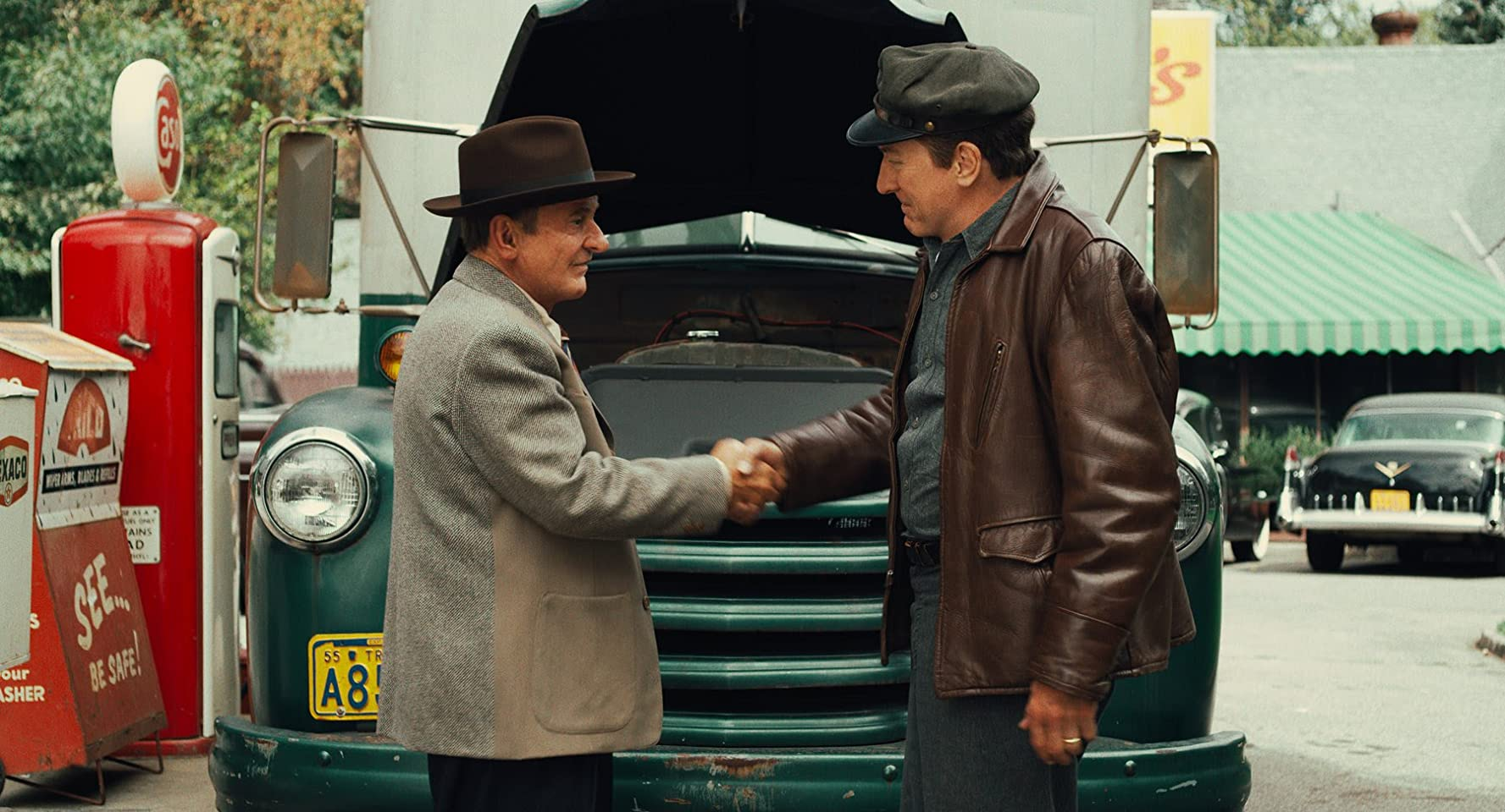 Robert De Niro and Joe Pesci in The Irishman (2019)
