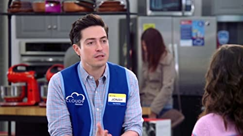 Superstore: The Towel Thing