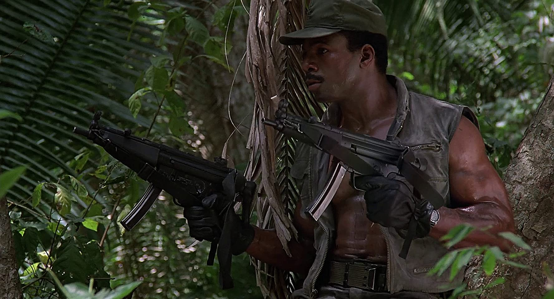Carl Weathers in Predator (1987)