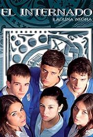 Blanca Suárez, Daniel Retuerta, Ana de Armas, Martiño Rivas, Yon González, and Elena Furiase in El internado (2007)