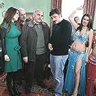 Rasim Öztekin, Firat Tanis, Ufuk Özkan, and Zuhal Topal in Genis Aile (2009)