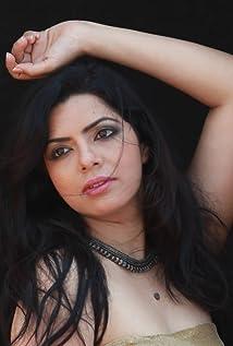 Rajshri Deshpande Picture