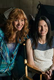 Lisa Kudrow and Laura Silverman in The Comeback (2005)