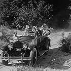 Robert Ellis and Al Bridge in Broadway to Cheyenne (1932)