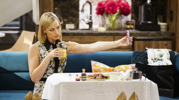 Beth Behrs in 2 Broke Girls (2011)