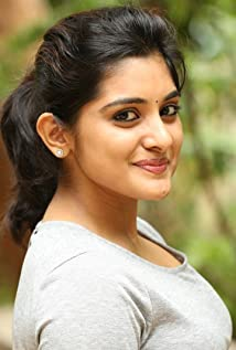 Niveda Thomas Picture