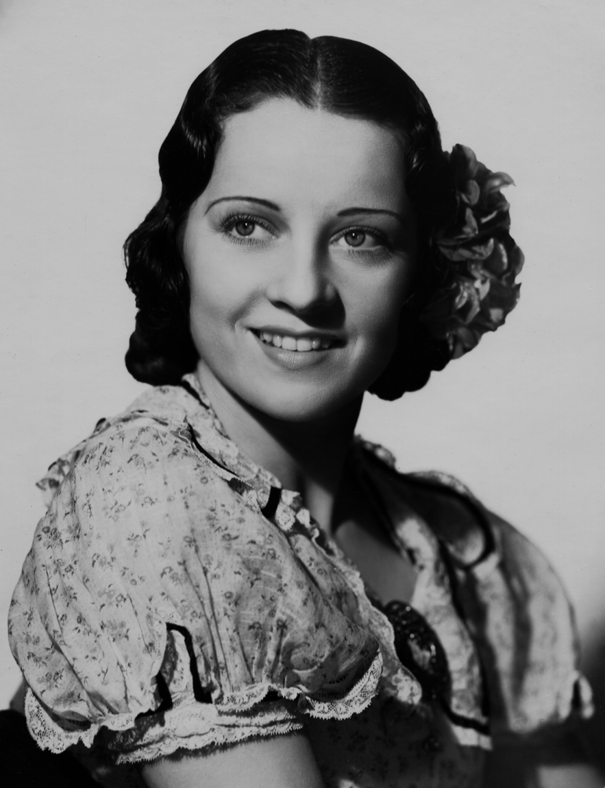 Luana Alcañiz in Frontiers of '49 (1939)