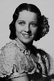 Luana Alcañiz Picture