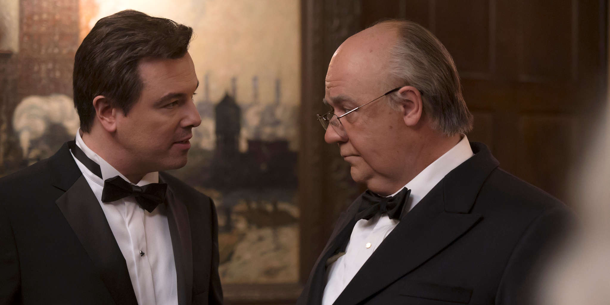 Russell Crowe and Seth MacFarlane in The Loudest Voice (2019)
