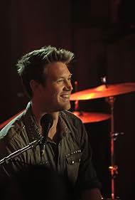 Eddie Perfect in Offspring (2010)