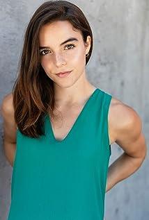 Naomi Frenette Picture