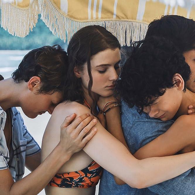 Gael García Bernal, Vicky Krieps, Thomasin McKenzie, and Luca Faustino Rodriguez in Old (2021)