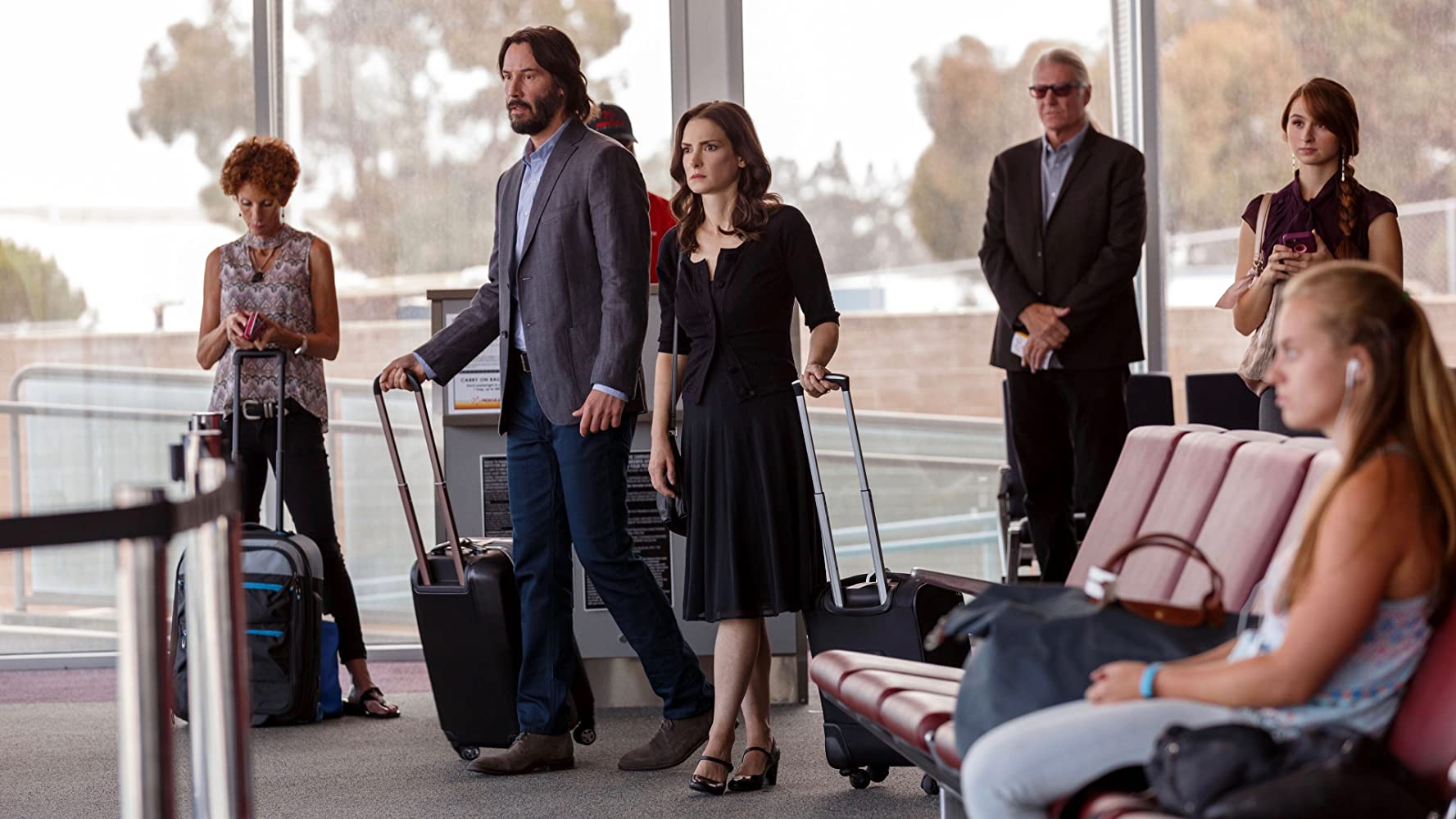Keanu Reeves and Winona Ryder in Destination Wedding (2018)