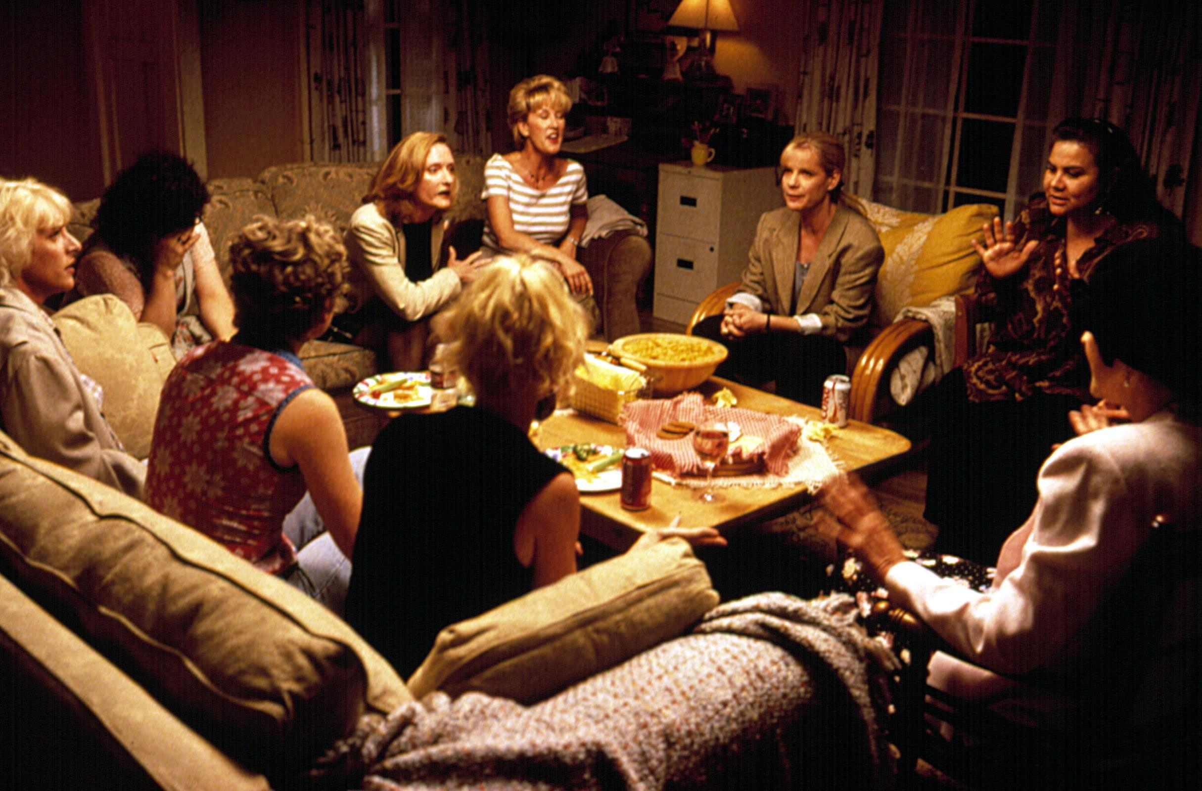 Bonnie Hunt, Larina Jean Adamson, Kelly Coffield Park, Alice Marie Crowe, Winnie Holzman, Diana Jordan, Susan Norfleet, Susan Pingleton, Cha-Cha Sandoval, and Hynden Walch in Jerry Maguire (1996)