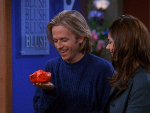 Laura San Giacomo and David Spade in Just Shoot Me! (1997)