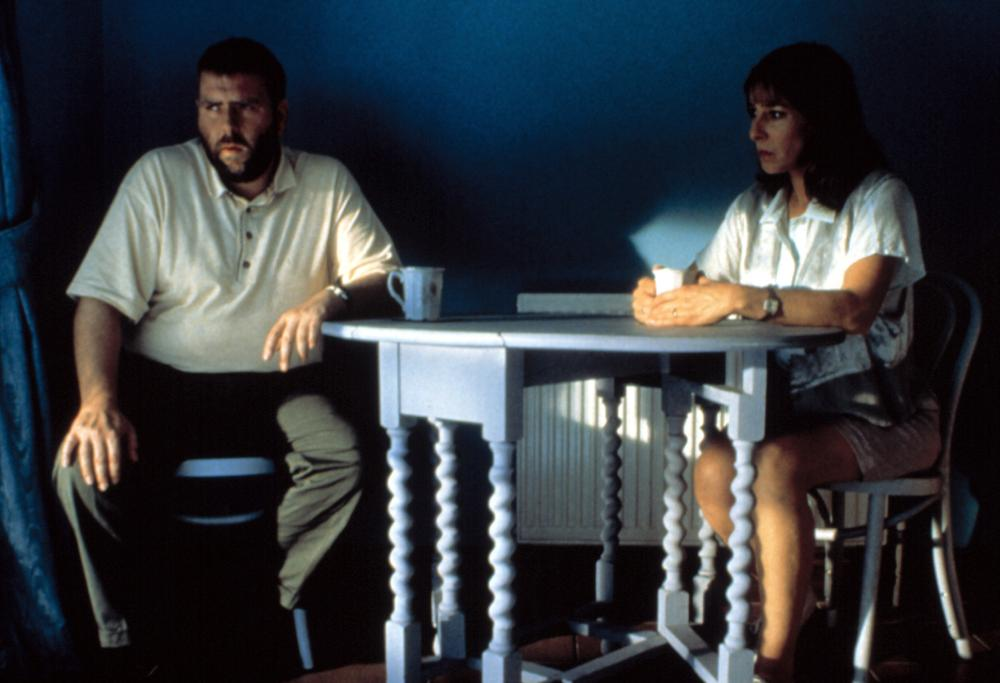 Timothy Spall and Phyllis Logan in Secrets & Lies (1996)