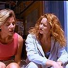 Elizabeth Morehead in Flipper (1995)