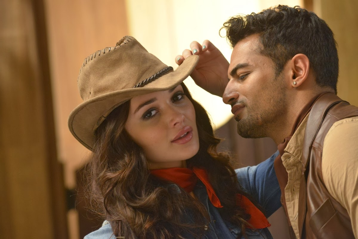 Upen Patel and Amy Jackson in I (2015)