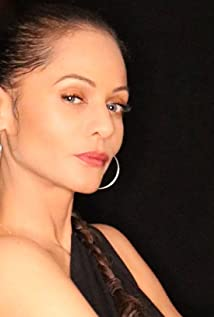 Persia White Picture