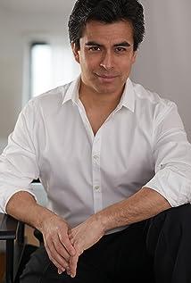 Alberto Bonilla Picture