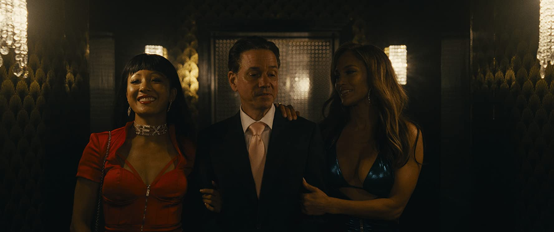 Jennifer Lopez, Frank Whaley, and Constance Wu in Hustlers (2019)