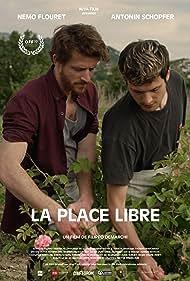 Antonin Schopfer and Nemo Flouret in La place libre (2019)