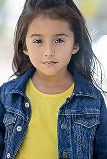 Calliah Sophie Estrada Picture