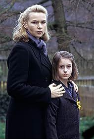 Veronica Ferres and Julia Krombach in Annas Heimkehr (2003)