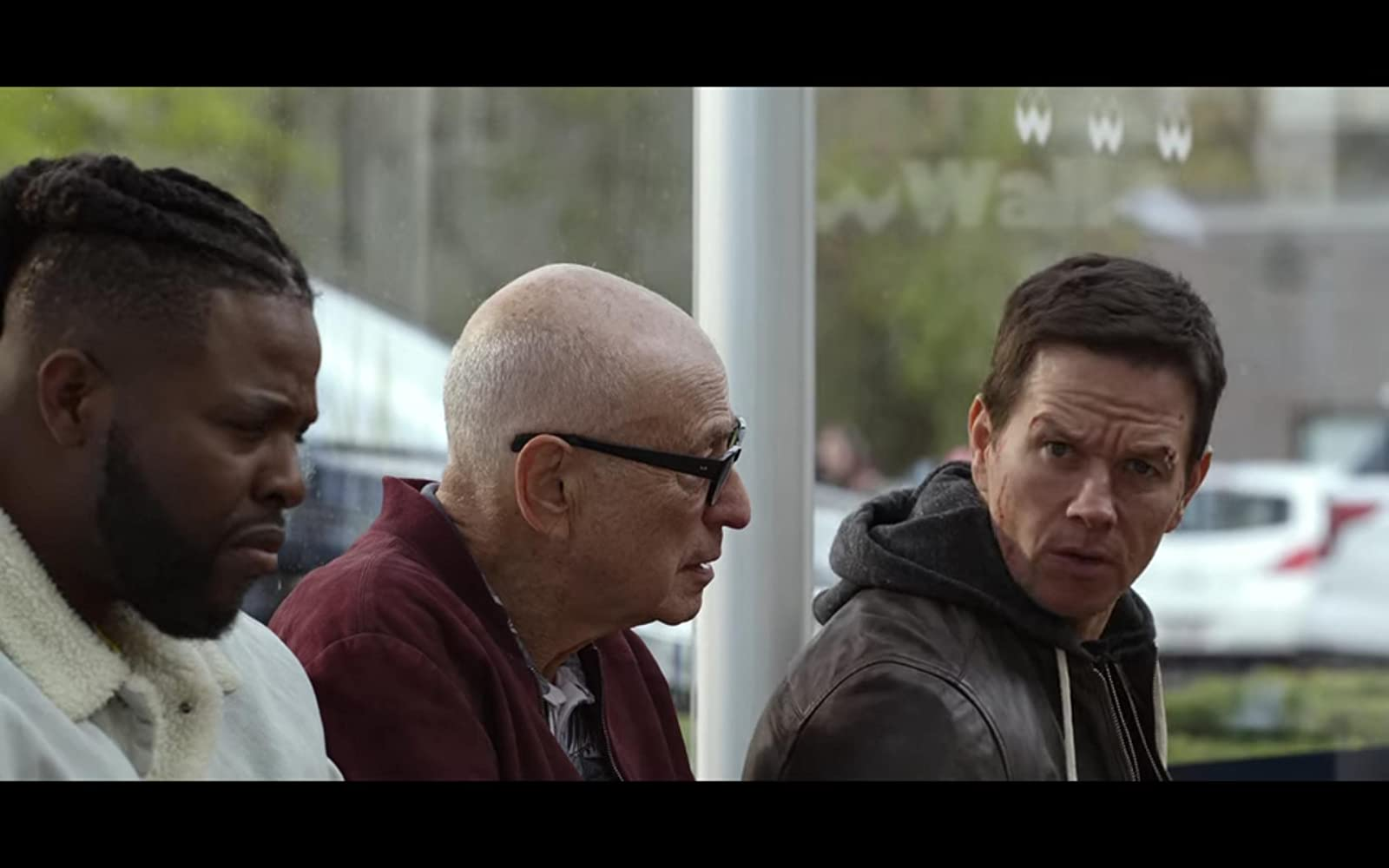 Mark Wahlberg, Alan Arkin, and Winston Duke in Spenser Confidential (2020)