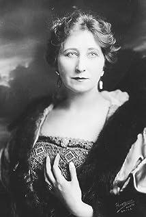 Vera Lewis Picture