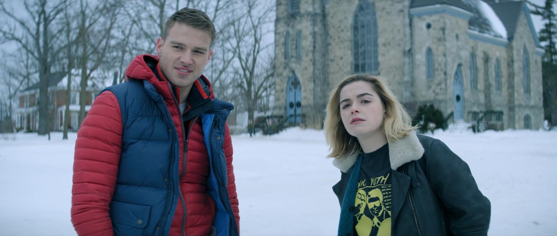 Kiernan Shipka and Matthew Noszka in Let It Snow (2019)