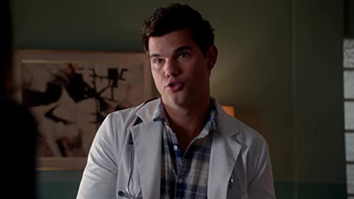Scream Queens: Dr. Cassidy Cascade Questions The Accent Shifting Patient