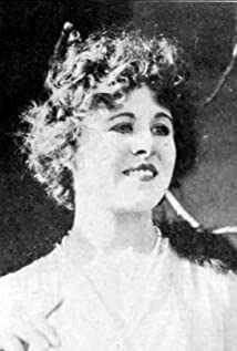 Winifred Kingston Picture