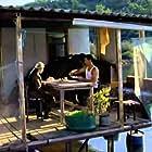Özgü Namal and Murat Han in Mutluluk (2007)