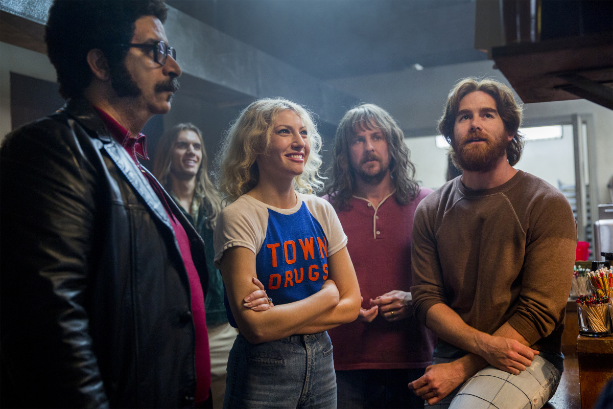 Ari Graynor, Stephen Guarino, Andrew Santino, and Erik Griffin in I'm Dying Up Here (2017)