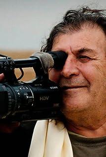 Nissim Mossek Picture