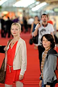 Laure Marsac and Thierry Neuvic in Ni vu, ni connu (2011)