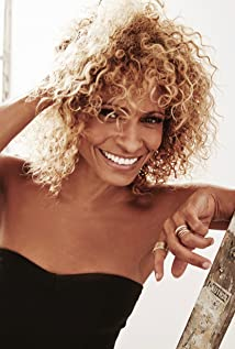 Michelle Hurd Picture