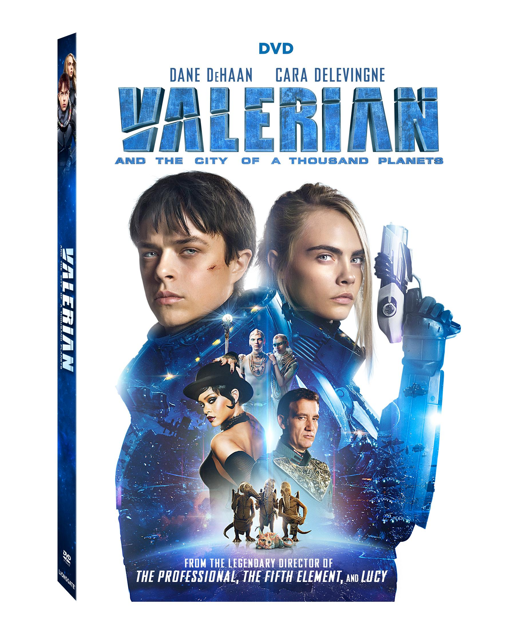 Clive Owen, Rihanna, Dane DeHaan, and Cara Delevingne in Valerian and the City of a Thousand Planets (2017)