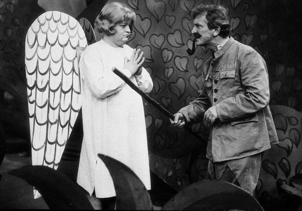 Jan Kociniak and Marian Kociniak in Igraszki z diablem (1979)