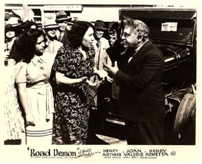 Henry Armetta and Inez Palange in Road Demon (1938)