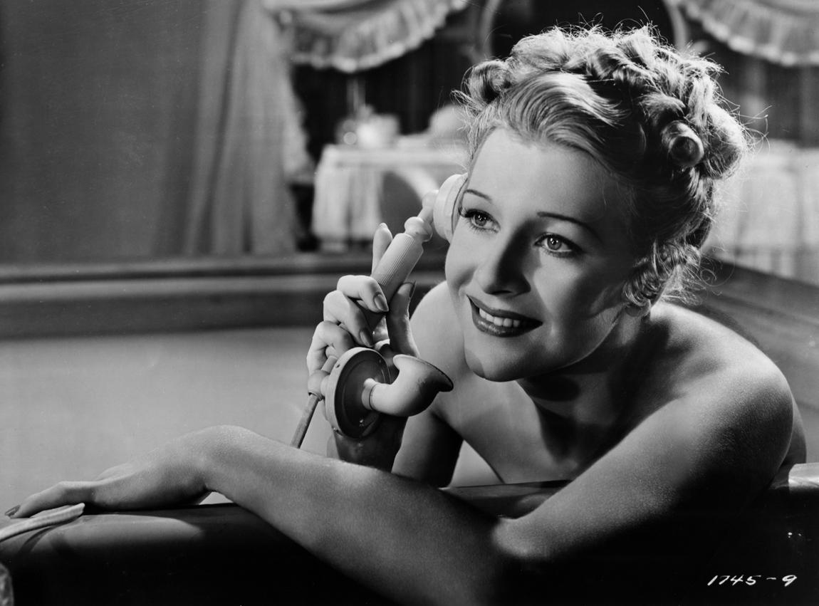 Shirley Ross in Paris Honeymoon (1939)