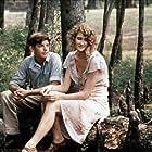 Laura Dern and Lukas Haas in Rambling Rose (1991)