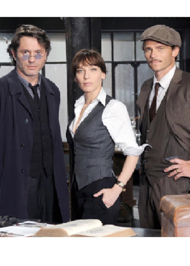 Arnaud Binard, Pierre Cassignard, and Julie Debazac in Empreintes criminelles (2010)
