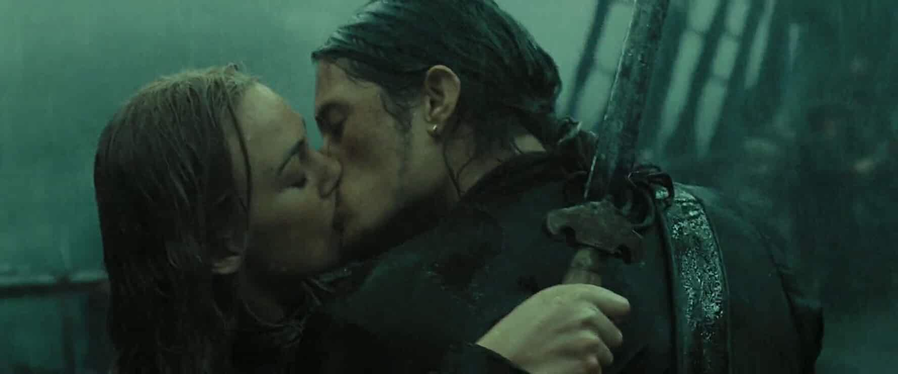 Orlando Bloom and Keira Knightley in Pirates of the Caribbean: At World's End (2007)