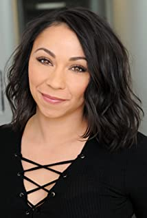 Leana Chavez Picture