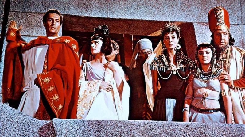 Brigid Bazlen, Rita Gam, Hurd Hatfield, Viveca Lindfors, Guy Rolfe, and Frank Thring in King of Kings (1961)