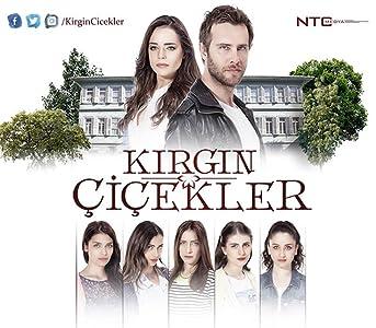 Téléchargements de sous-titres de films en anglais Orphan Flowers: Macide Kacar [1080p] [480x360] [640x352] (2018)