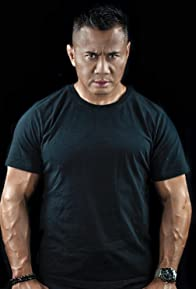 Primary photo for Cung Le