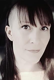 Monique Hurteau Picture